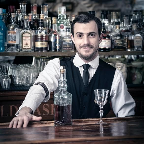 Barman, Black Angel's Bar